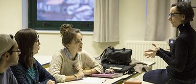 L'une des missions de l'ICES est d'instruire les étudiants
