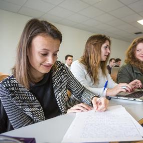 ICES Conseil Junior : les étudiants de l'ICES au service des entreprises