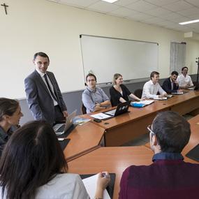 Pôle Entreprises de l'ICES : favoriser les échanges entre entreprises et université
