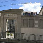 Entrée du bâtiment Saint Benoît